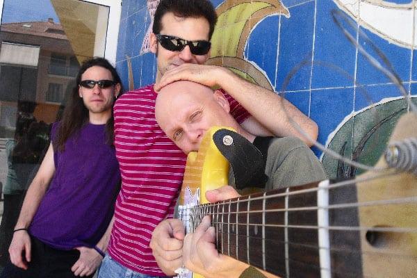 VIDEO: El rock estudiantil de Luter