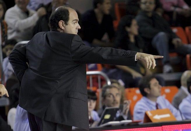 Acuerdo con Trifón Poch hasta final de temporada