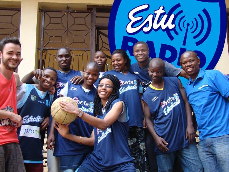 Lo mejor del 4-1, los deseos de la temporada, Geni y su cantina, y cooperación en Tanzania, hoy en EstuRadio