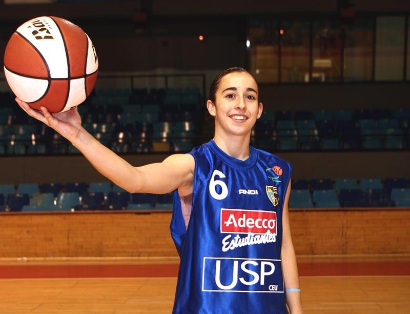 La ex jugadora de Asefa Estudiantes, Silvia Domínguez, gana su tercera Euroliga
