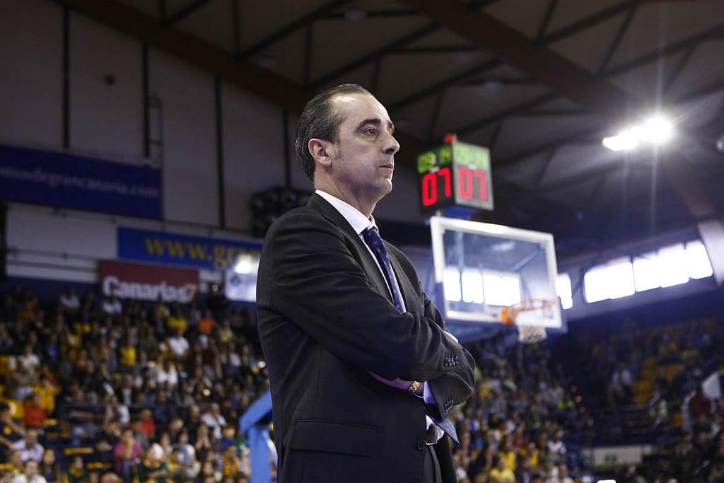 Revista de prensa especial de la renovación del entrenador Txus Vidorreta