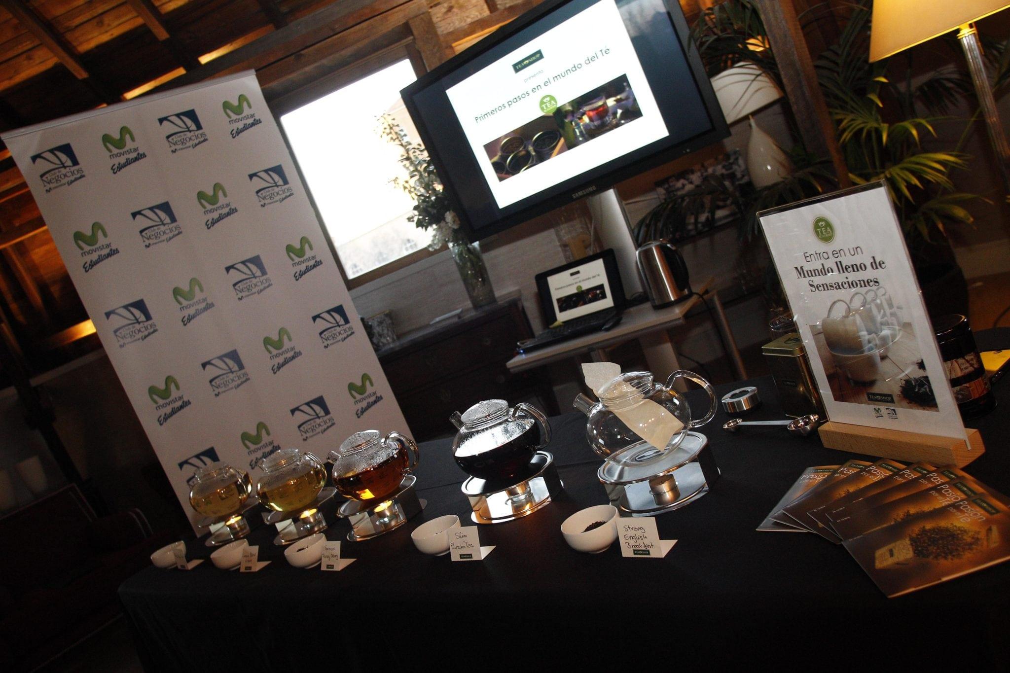 Primeros pasos en el mundo del té para los miembros del Club de Negocios Movistar Estudiantes a cargo de Tea Shop