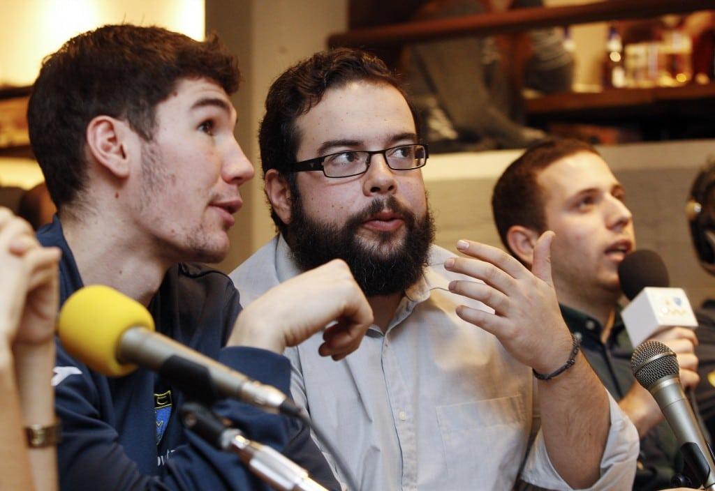 Este miércoles a las 17:15h, EstuTV entrevista EN DIRECTO por streaming a Fito González, entrenador de Movistar Estudiantes LF2