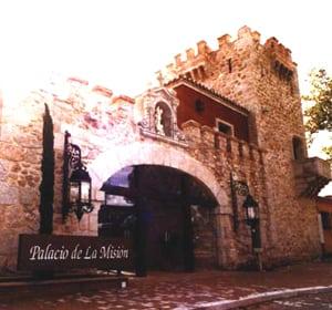 EL PALACIO DE LA MISIÓN, FEUDO ESTUDIANTIL