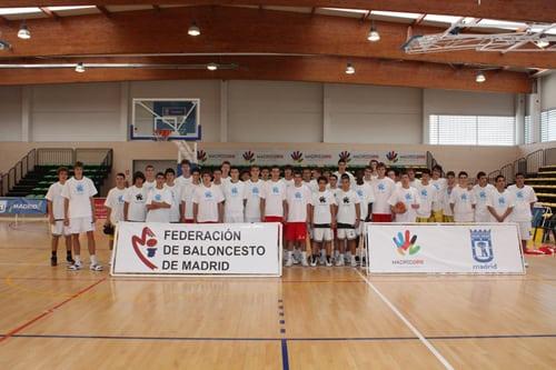 Madrid, con cuatro colegiales, gana con autoridad el Interciudades