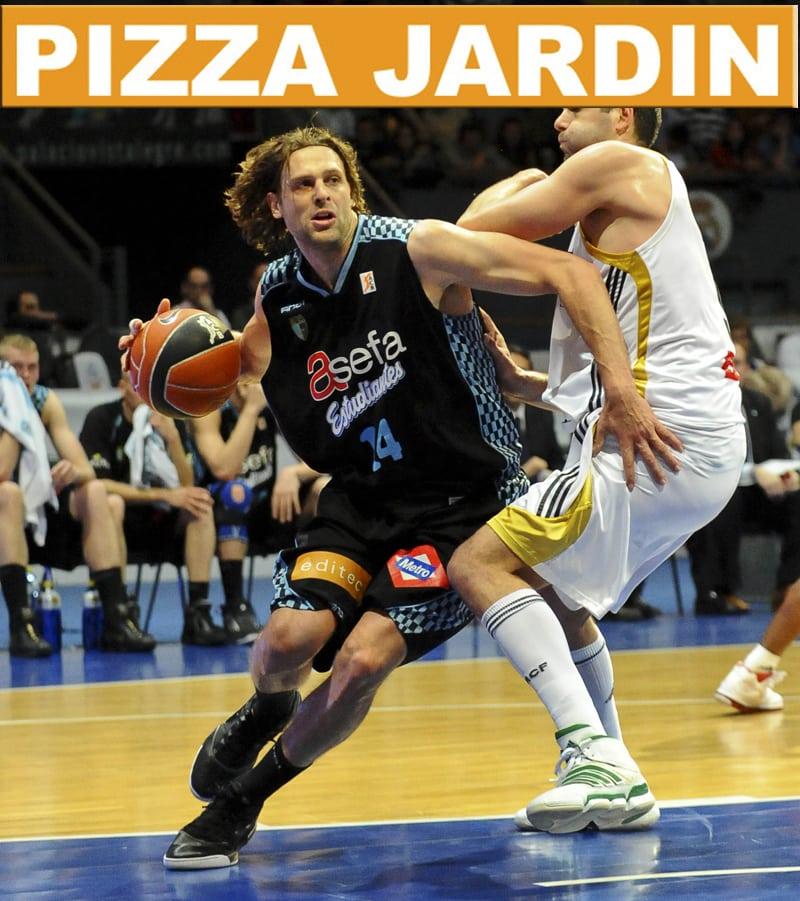¡Come con Pancho Jasen en Pizza Jardín!