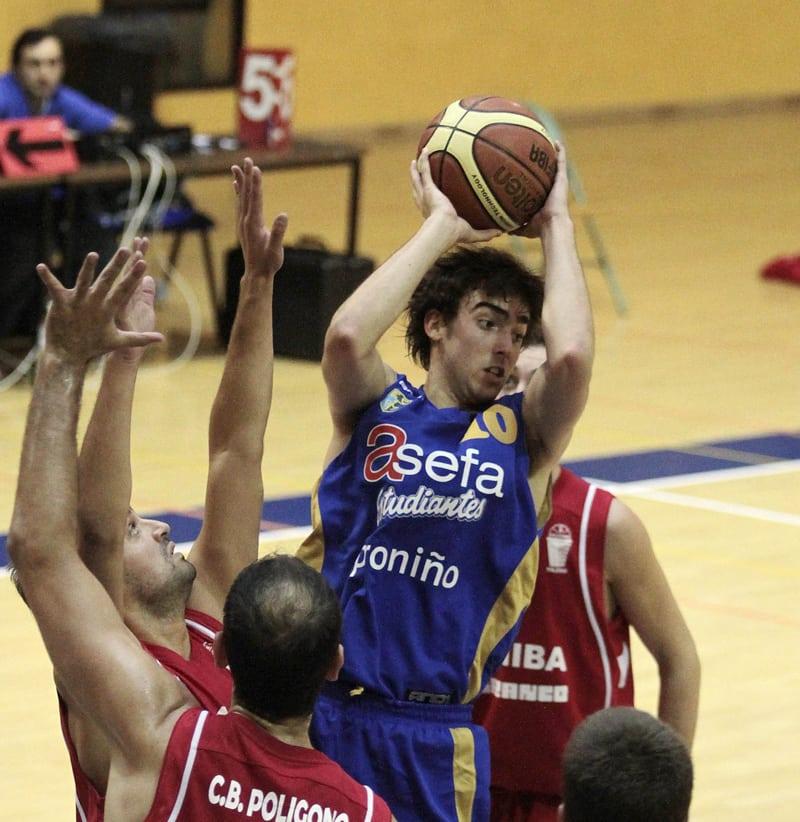 EBA:  Los rebotes condenan al Asefa Estu en Las Palmas (85-77)