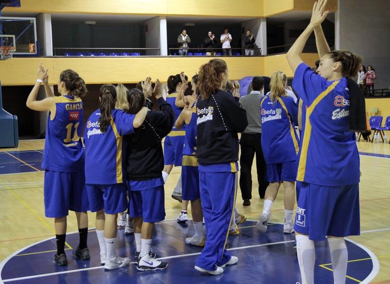 LF2: Gran victoria de las colegiales de mano de Ygueravide (70-45)