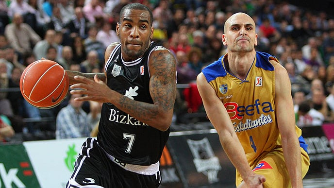 Asefa Estudiantes cae en el sprint final (66-57)