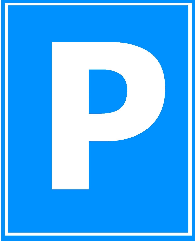 Parking por 6 euros junto al Palacio