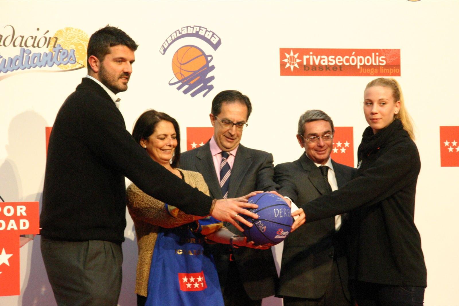 """""""Fútbol y baloncesto se suman por la igualdad"""""""