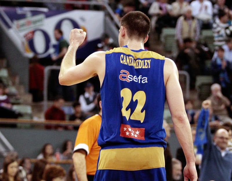 Caner-Medley vuelve a ser MVP del mes [VIDEO]