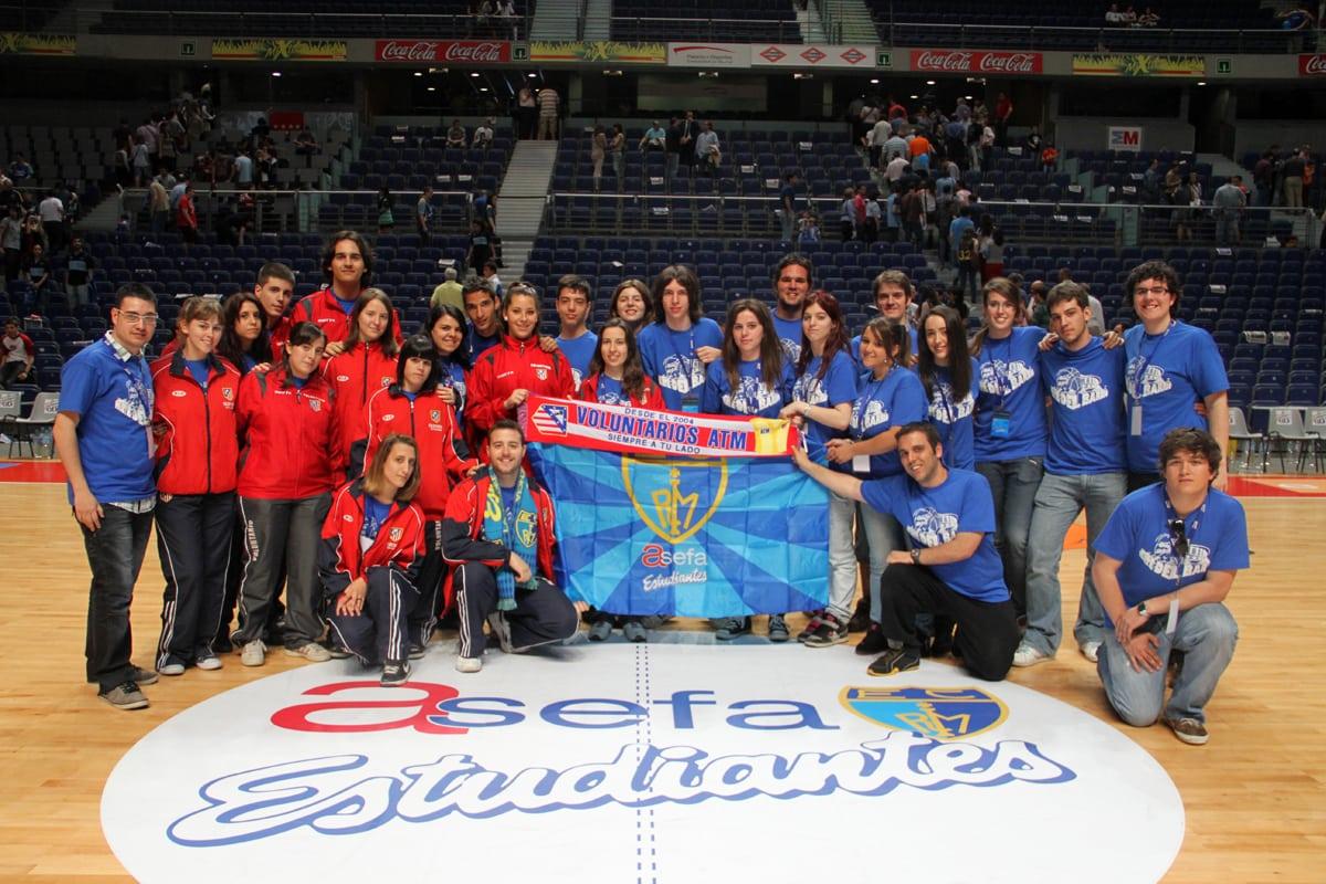 Los Voluntarios del Estu y del Atleti comparten una jornada de intercambio