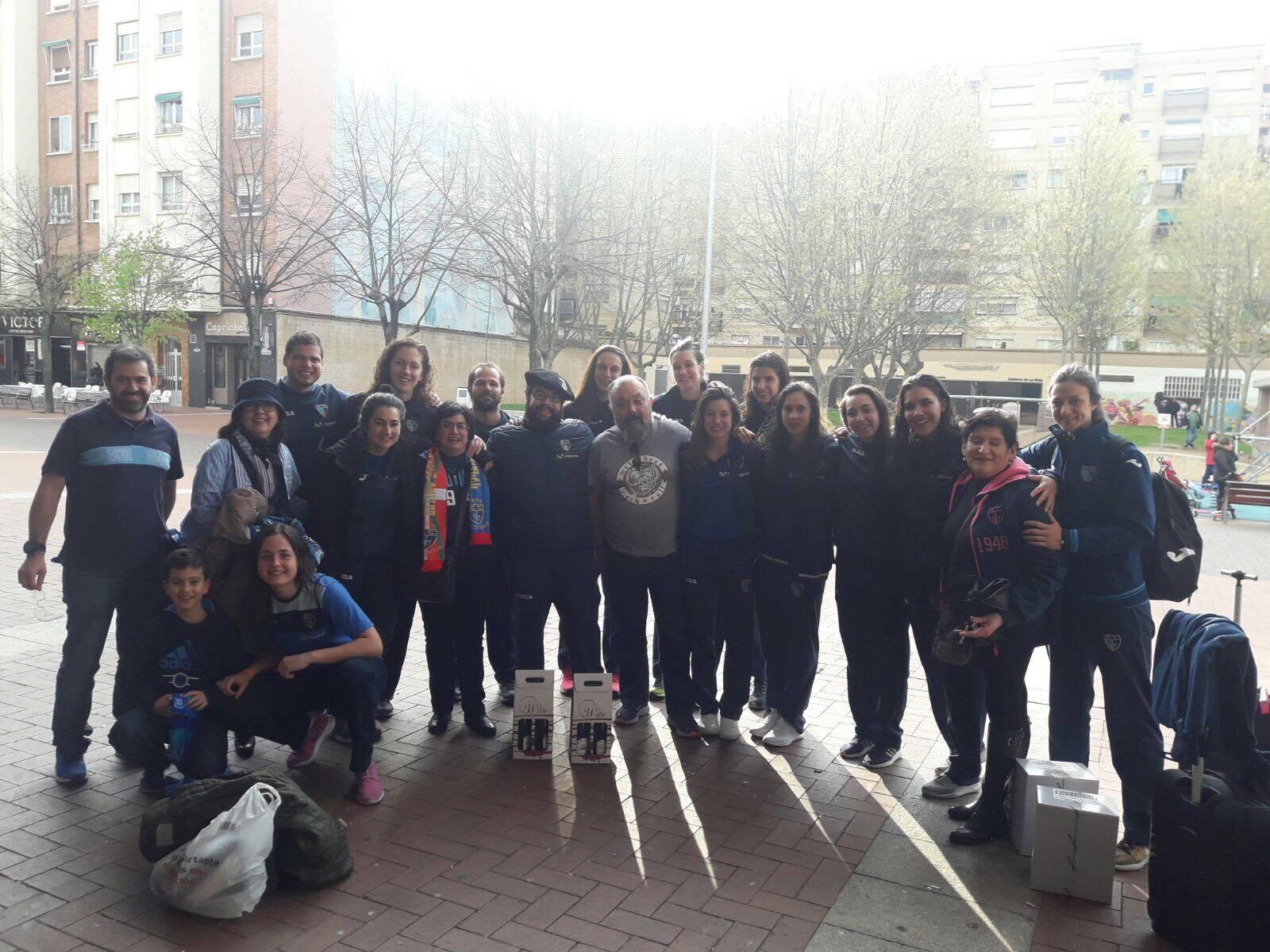 Blogs de la afición: Desde nuestra afonía. La Peña Hotzgailua, en Logroño animando al equipo de Liga Femenina 2