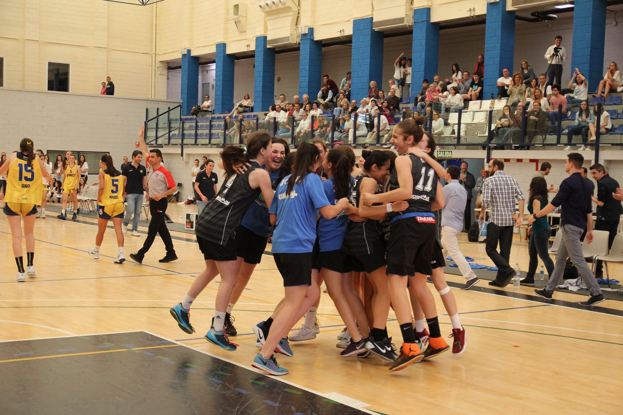 Sigue la fiesta del baloncesto femenino en Movistar Estudiantes ¡Campeonas de Madrid Cadete!
