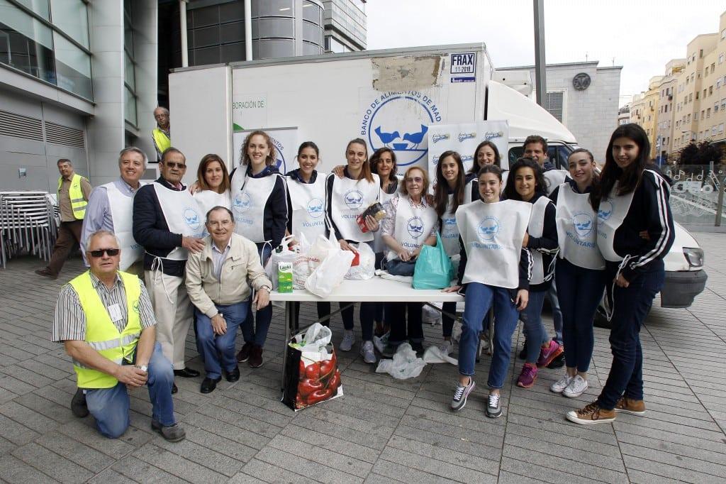 814 kilos de alimentos no perecederos en la Operación Kilo de Fundación Estudiantes y Banco de Alimentos en el último partido