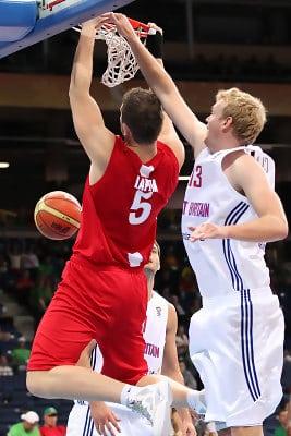 Clark se despide del Eurobasket con victoria (88-81)
