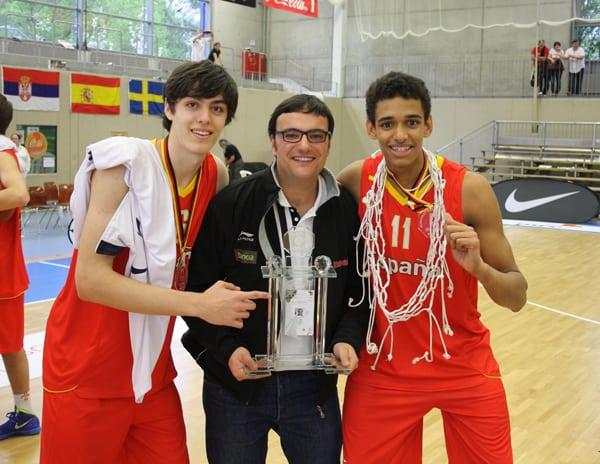 Edgar Vicedo y Sebas Saiz preparan ya el Europeo U18