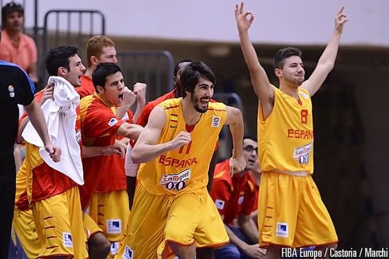 España Sub-20 arrasa en su debut