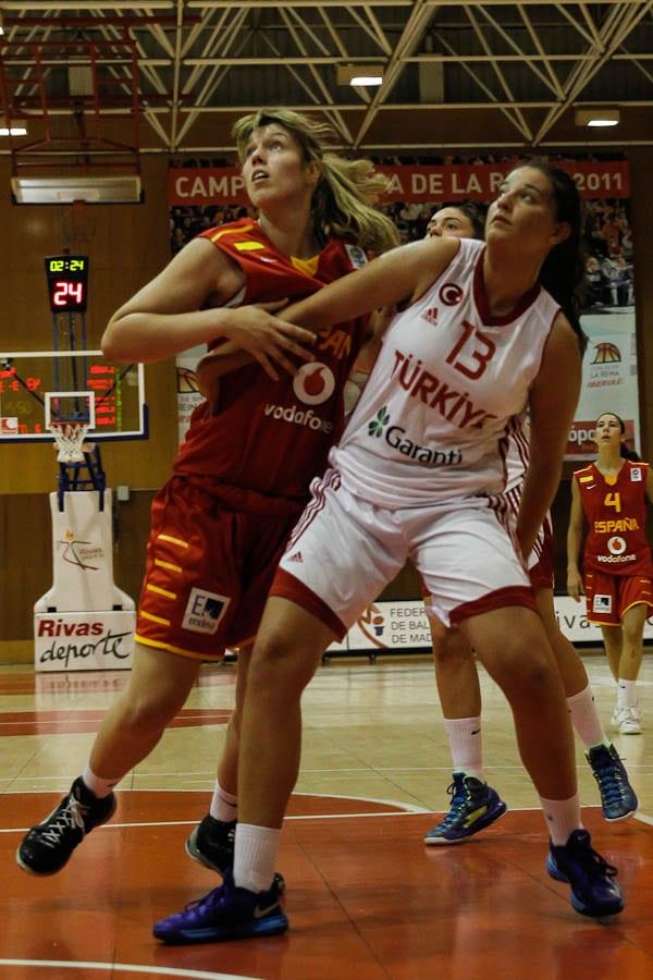 Sara Zaragoza termina su estancia con la selección U18