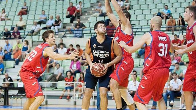 Valencia Basket remontó a un Estu que sigue acoplando piezas (62-76)