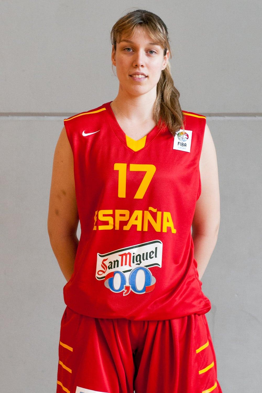 Empieza el Europeo U20 para la pívot estudiantil Sara Zaragoza