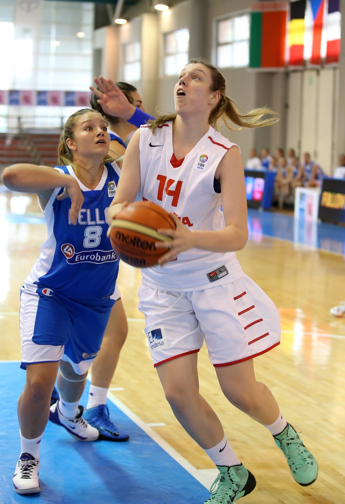 Sara Zaragoza contribuye a la victoria de la U20 frente a Grecia (55-38)