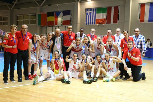 Sara Zaragoza, plata en el Europeo U20F antes de sumarse a la concentración de su edad, la U18F