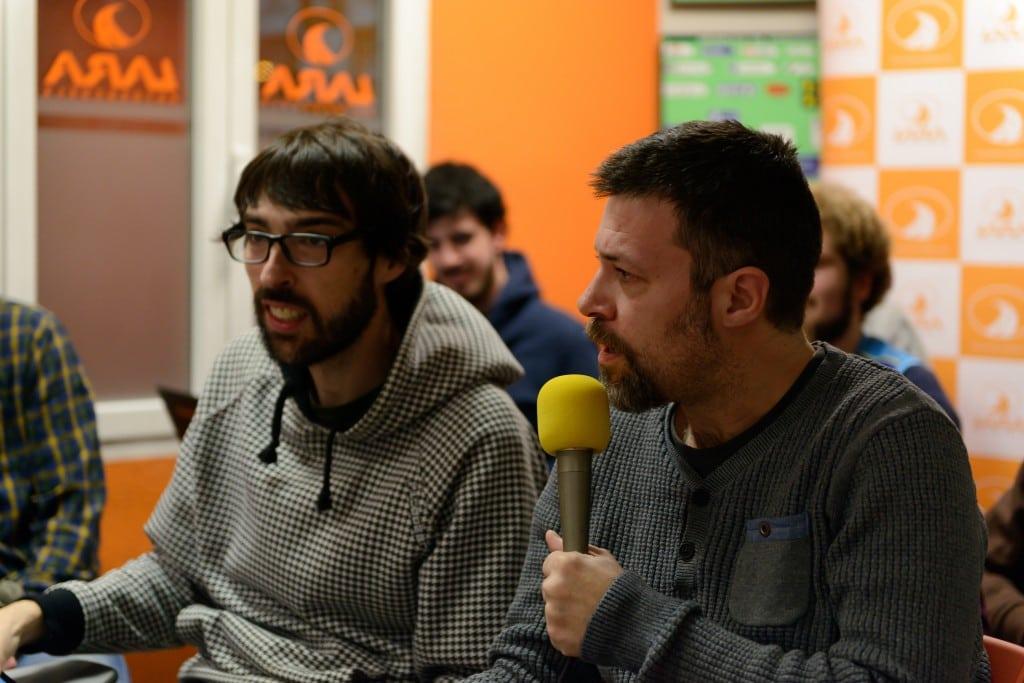 Bocados de la jornada: Así se vivió el derbi más demente en el especial EstuRadio desde autoescuela Lara