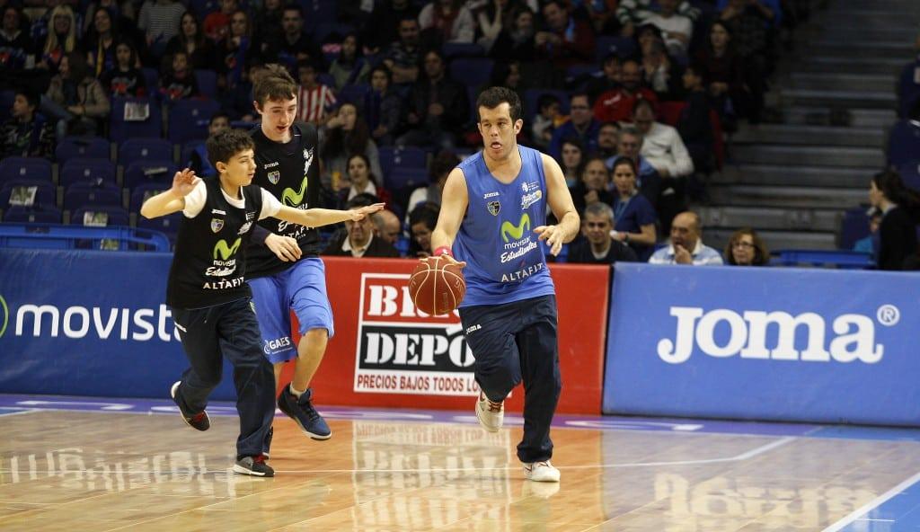 Exhibición de basket inclusivo con el equipo Fundación Estudiantes Altafit Pozuelo