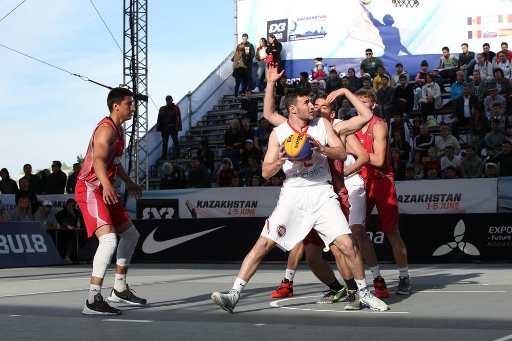 9º puesto en el Mundial 3×3 U18M para los junior estudiantiles Vanaclocha y Pérez