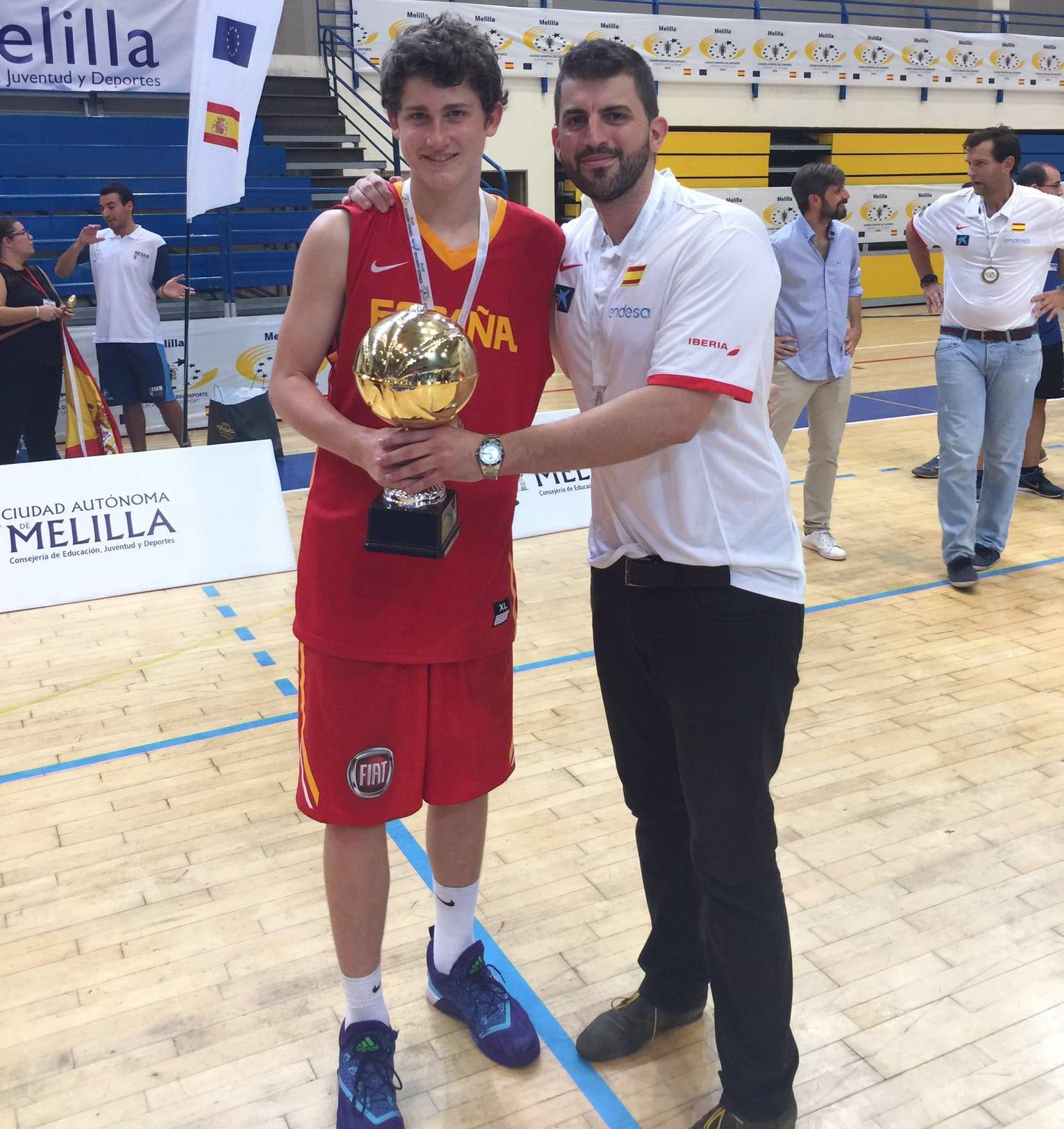 España U15M , con los estudiantiles Javier Zamora y Héctor Alderete, campeona del Torneo de la Amistad