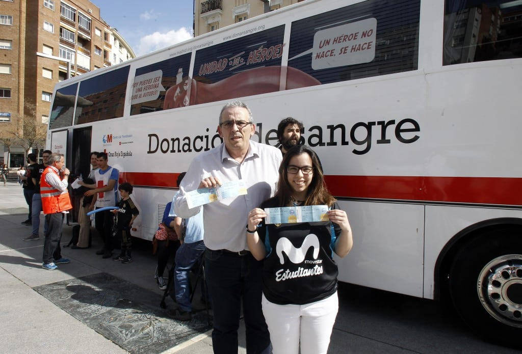 Triple de vida con la campaña de donación de sangre de Fundación Estudiantes, Cruz Roja y el Centro de Transfusión de Madrid