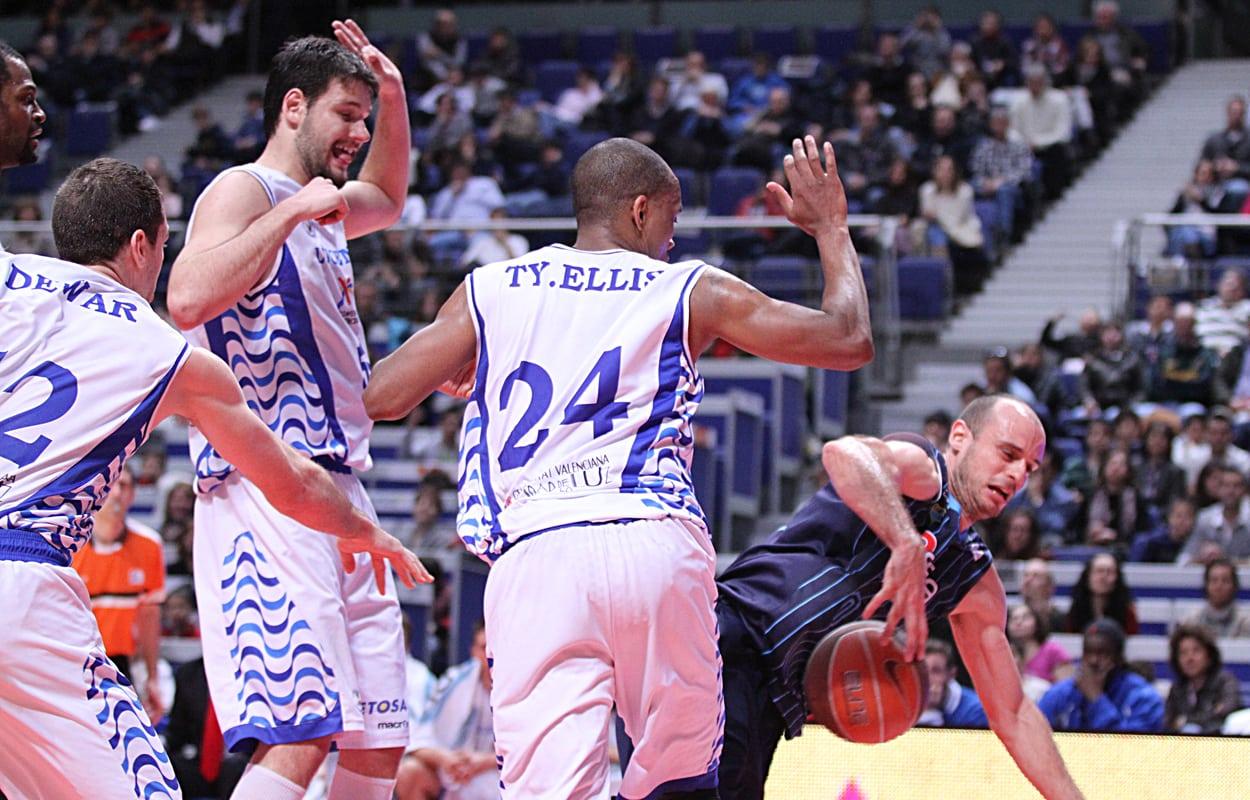 Vistazo al rival: Lucentum Alicante, con los Playoffs en el punto de mira.
