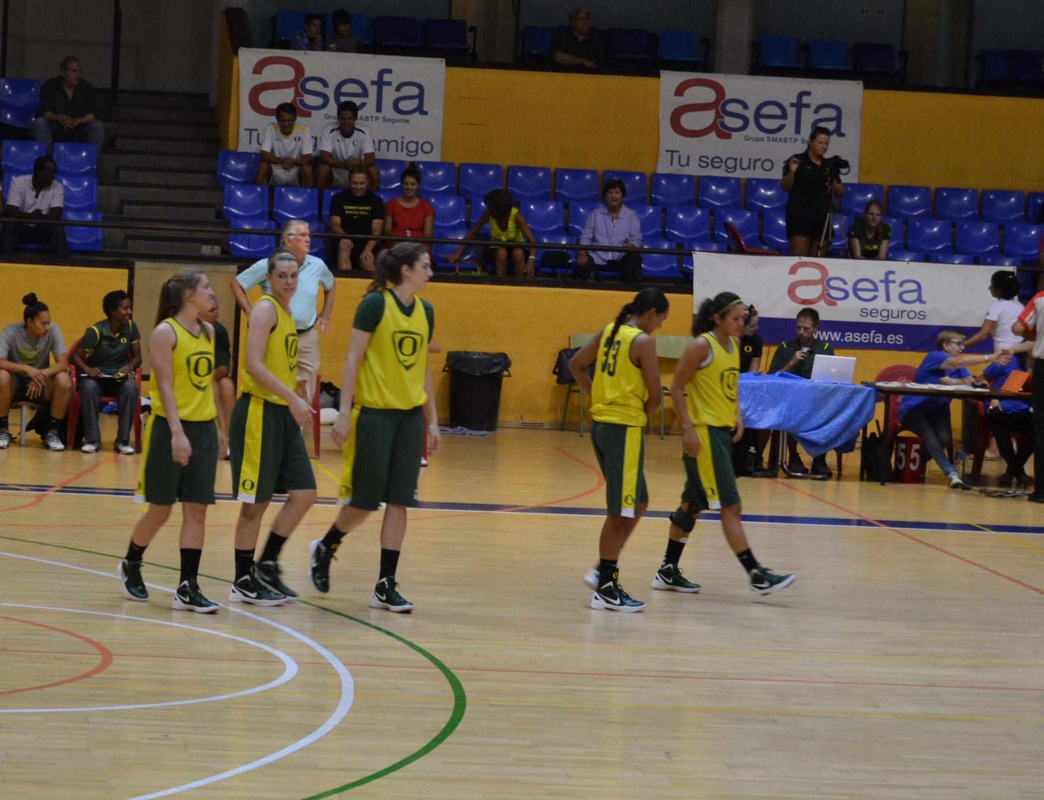 LF2: Asefa Estudiantes comenzó la pretemporada ante Oregón (60-84)