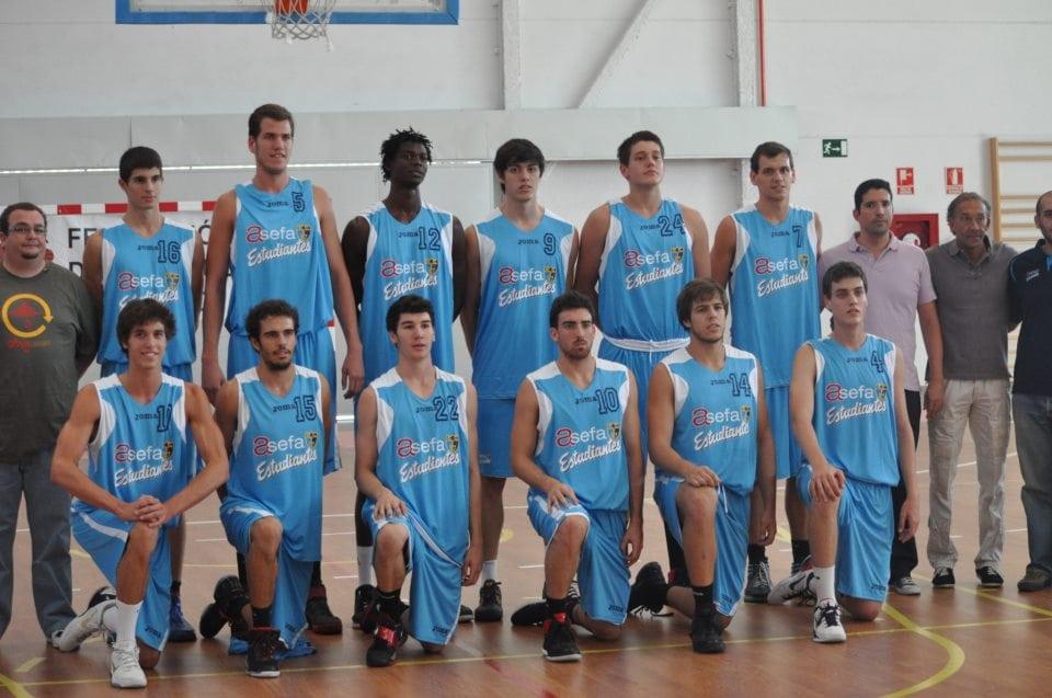 El EBA, subcampeón del Torneo de la Comunidad (68-83)