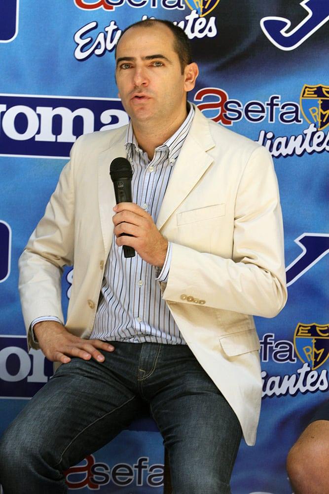 "Himar Ojeda viaja a los ""training camps"" de la NBA"