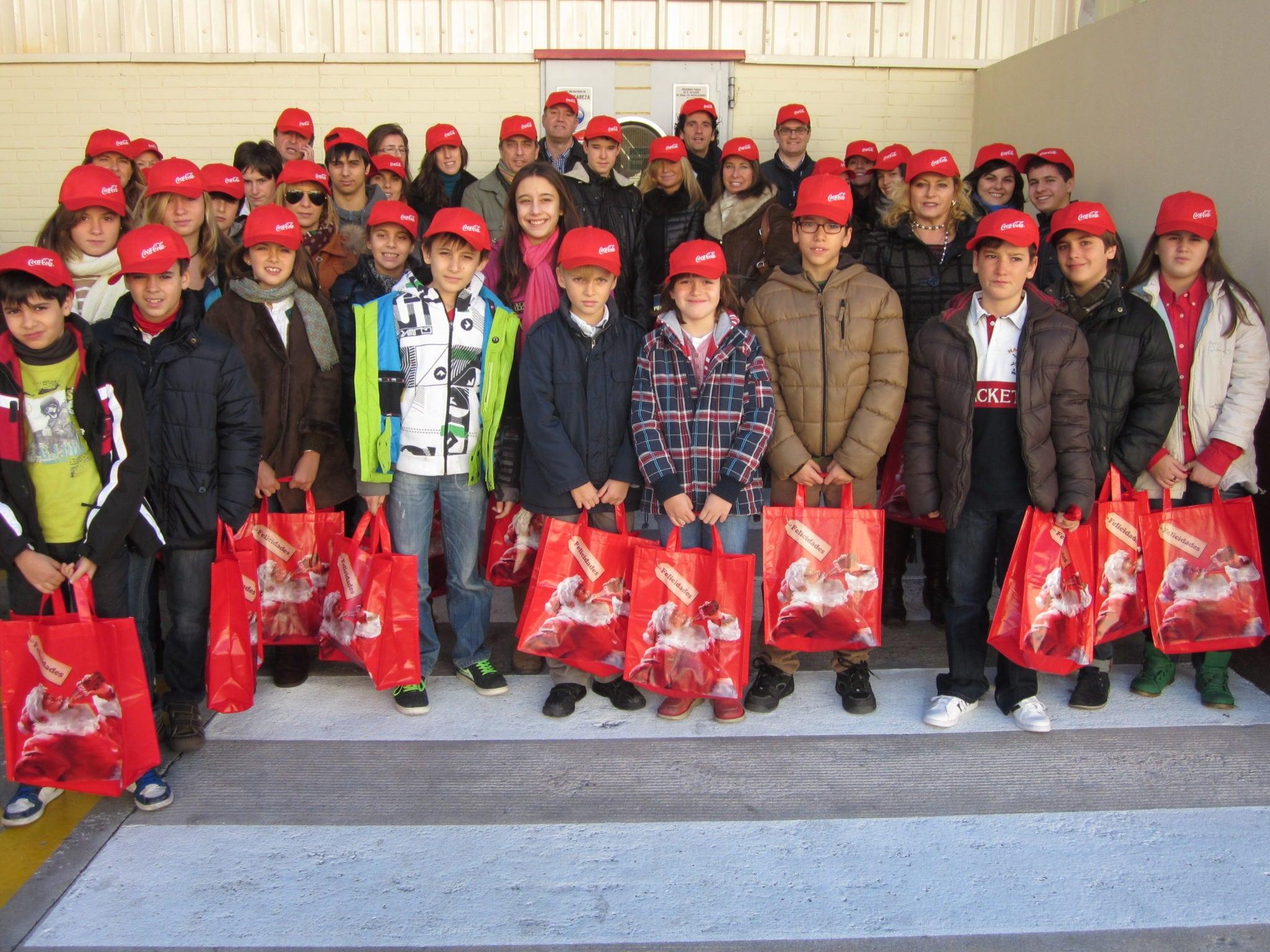 El Club de Negocios Asefa Estudiantes abre 2013 visitando la fábrica de la felicidad