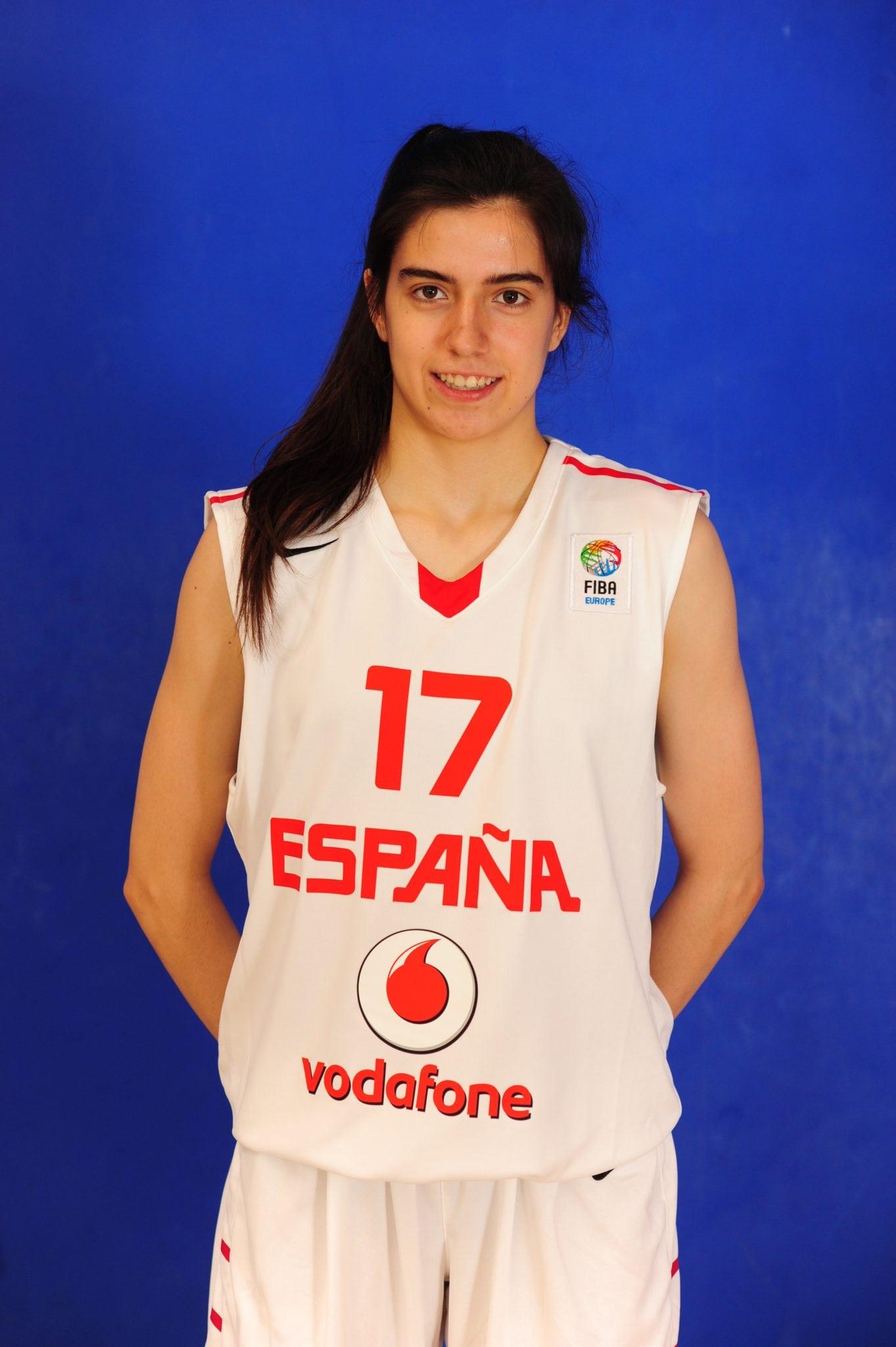 Clara Rodríguez, toda una MVP como primer refuerzo del LF2