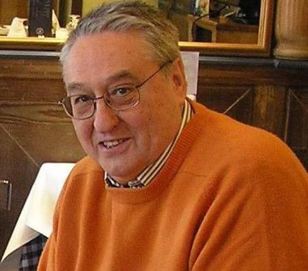 Condolencias por el fallecimiento del periodista Carlos Jiménez Varela, uno de los autores del libro de historia de Estudiantes