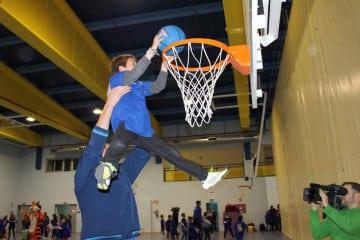 Escuela de Baloncesto 2016-17 en Colegio Estudiantes Las Tablas