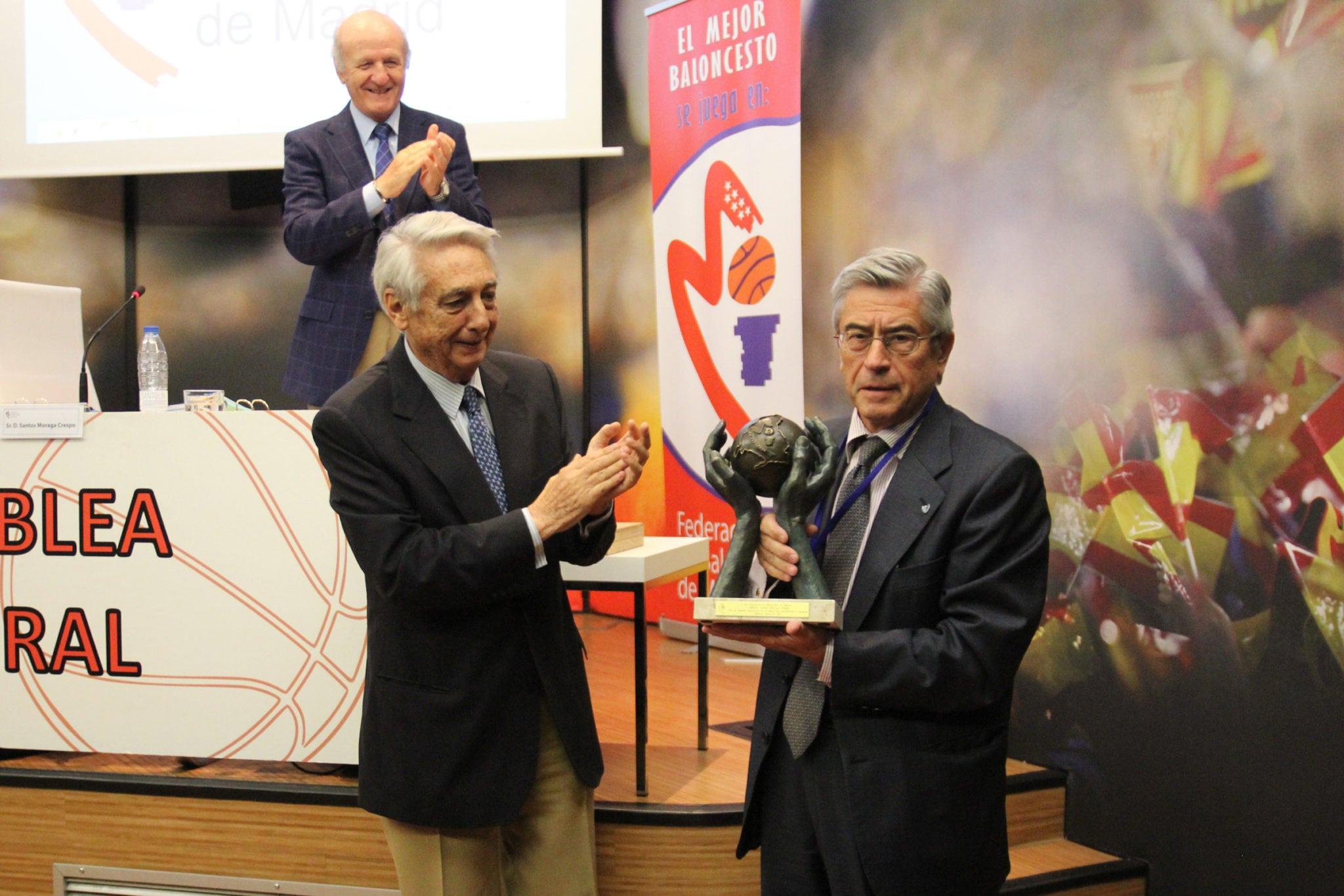 La Asamblea General de la FBM reconoce la trayectoria de Miguel Ángel Bufalá