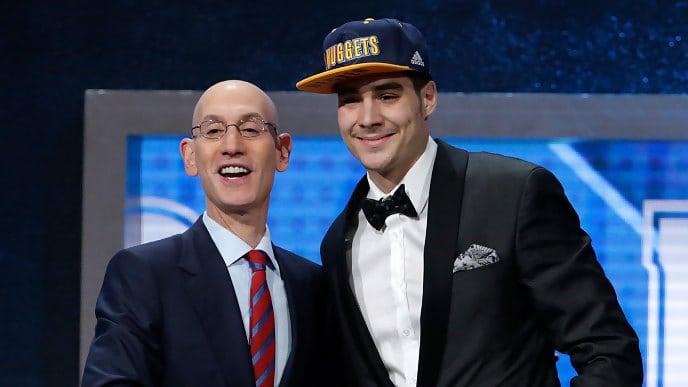 Así refleja la prensa la histórica elección de Juancho Hernangómez en el Draft NBA