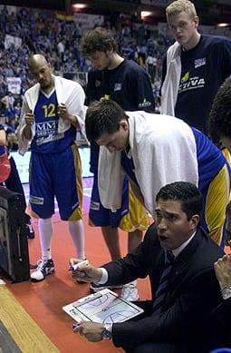 """DE PABLOS: """"LA FIBA ESTÁ A AÑOS LUZ DE LA ACB EN ORGANIZACIÓN Y ARBITRAJE"""""""
