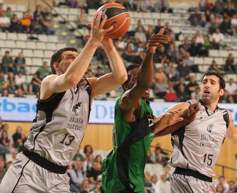 Maratón de partidos para el Bizkaia Bilbao Basket