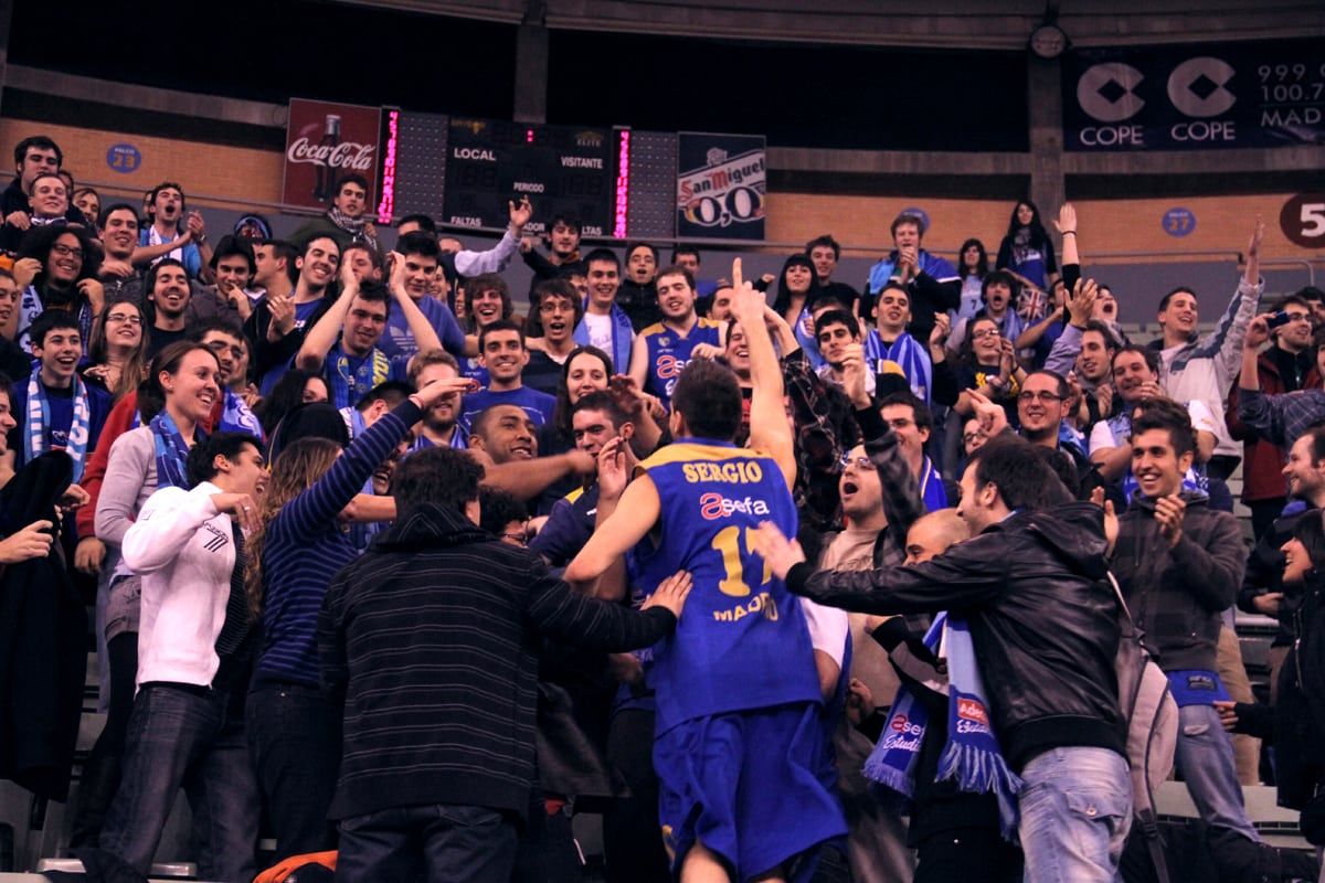 VIDEO: La plantilla se viene arriba con la Demencia (Basket&Roll)