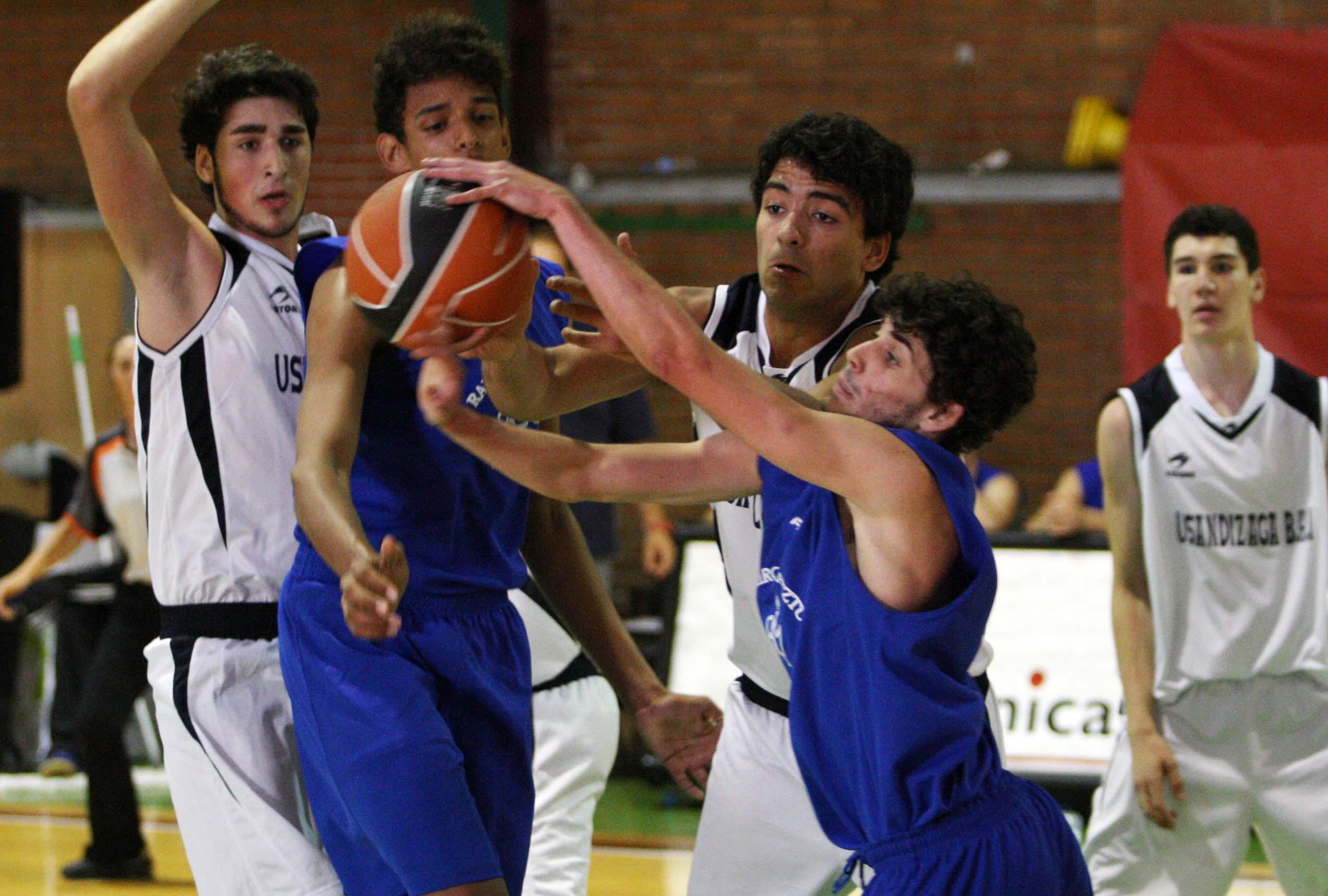 [VIDEO] Usandizaga remontó al Ramiro en la final de Series Colegiales ACB