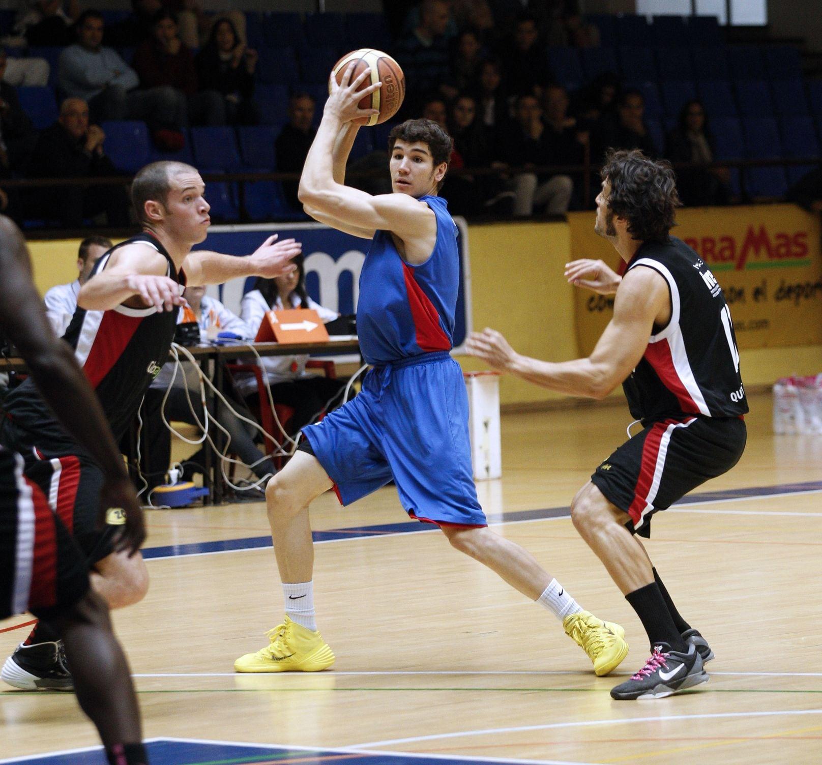 EBA: A continuar con la buena racha ante histórico del baloncesto nacional (sábado, 19:00)
