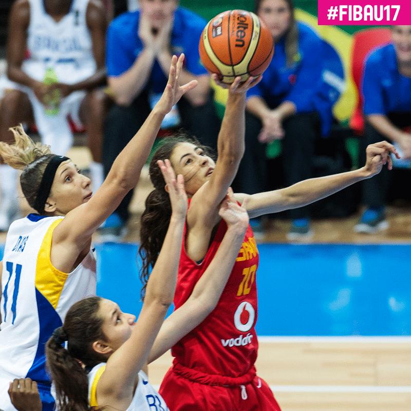 María Conde vuelve a destacar frente a Francia y ya está en semifinales con la U17F