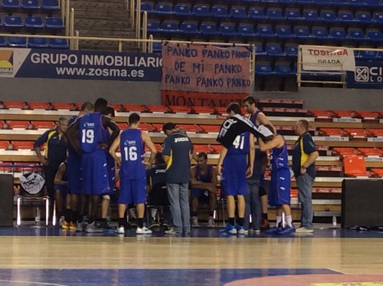 Primera prueba del nuevo Tuenti Móvil Estudiantes en partido de entrenamiento en Fuenlabrada